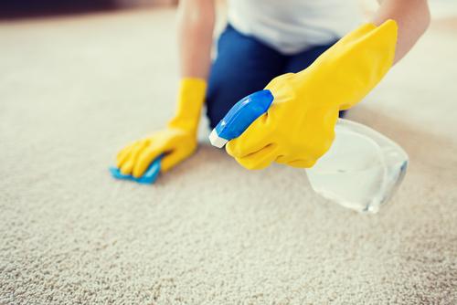 Na čištění koberců je nejlepší strojová metoda čištění. Přesvědčte se sami, tepování sedaček Praha